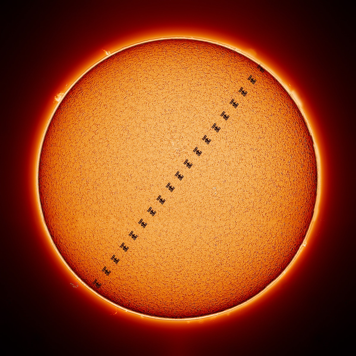ISS Transiting the Sun par Mack Murdoc